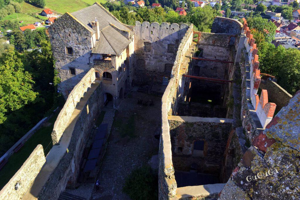 zamek bolków z baszty
