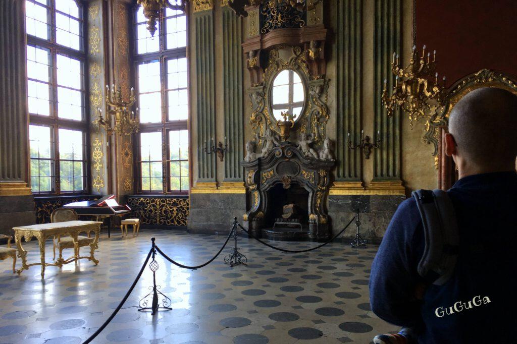 zamek książ sala