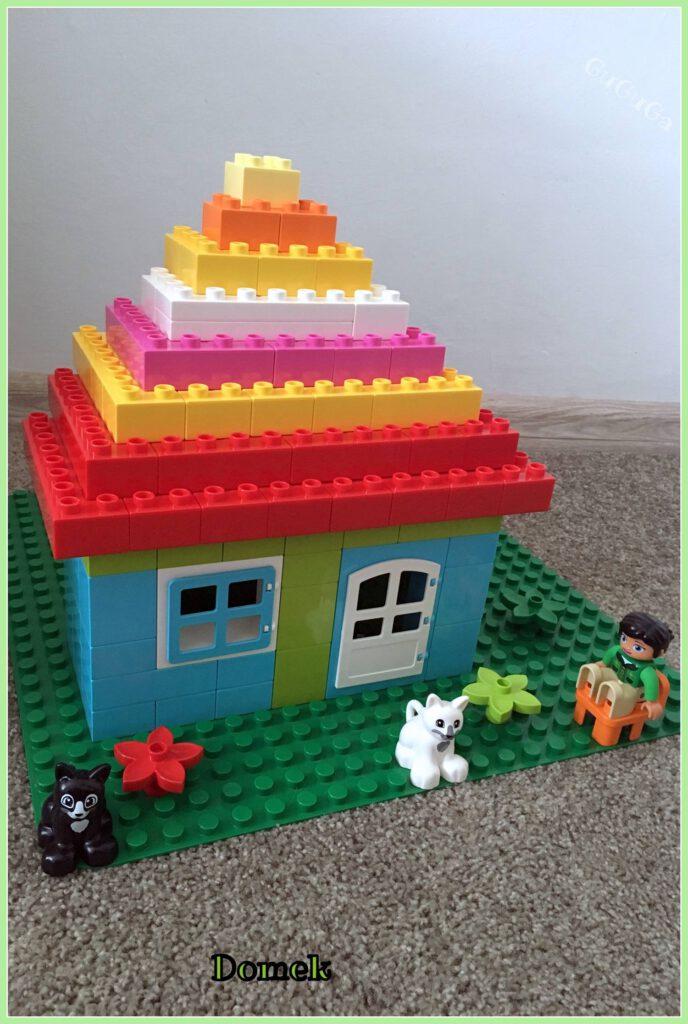 lego duplo domek